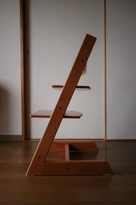 我が家の椅子 その4_d0021969_7225196.jpg