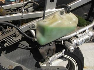 後輩のバイク整備_c0181475_1711687.jpg
