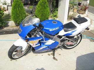後輩のバイク整備_c0181475_1722689.jpg