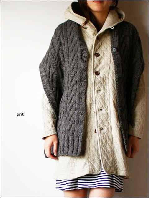 prit [プリット] 1/3.5ペルーハイランドエコウール手編み釦付きマフラー_f0051306_19412189.jpg