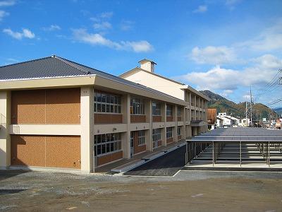 久世中学校 校舎新築工事_f0151251_13363988.jpg