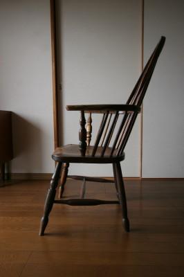 我が家の椅子 その5_d0021969_14231486.jpg