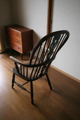 我が家の椅子 その5_d0021969_14262688.jpg
