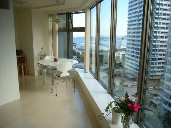 高層マンションのお部屋_a0116902_1205338.jpg