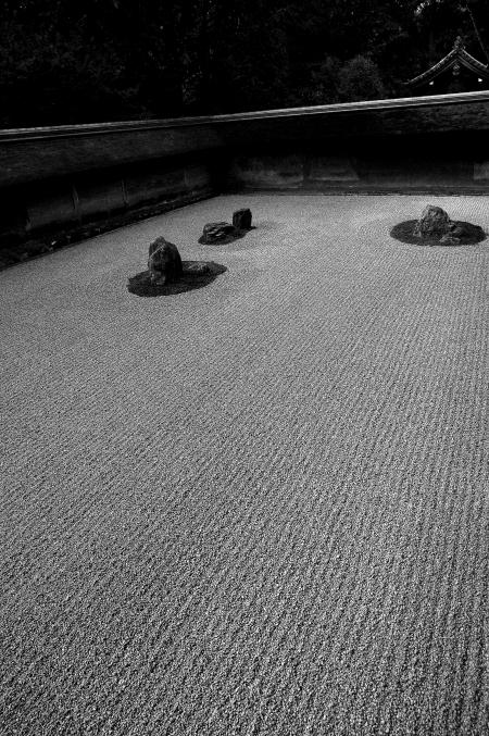 そうだ 京都、行こう。 ~ 「吾唯足知」 ZENの空間、龍安寺~_d0145934_715450.jpg