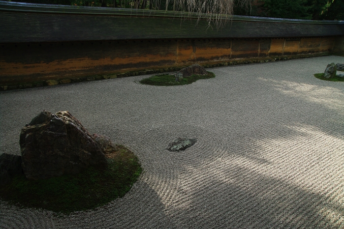 そうだ 京都、行こう。 ~ 「吾唯足知」 ZENの空間、龍安寺~_d0145934_724890.jpg