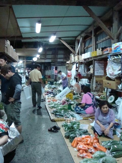 栄町農連市場_c0196050_15201166.jpg