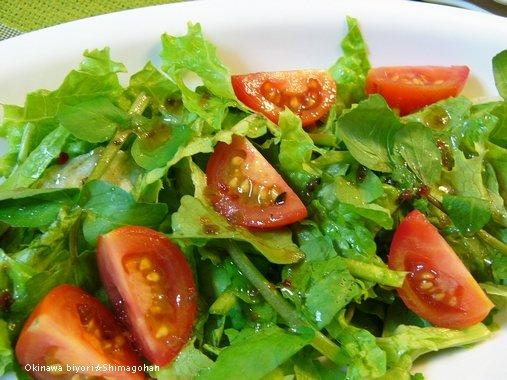 完熟トマト鍋を使って、簡単洋風炊き込みご飯♪_c0139375_1358102.jpg