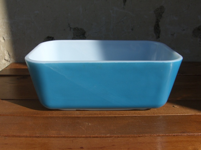 Antique PYREX グラタン皿 Color Blue_c0210815_14344353.jpg