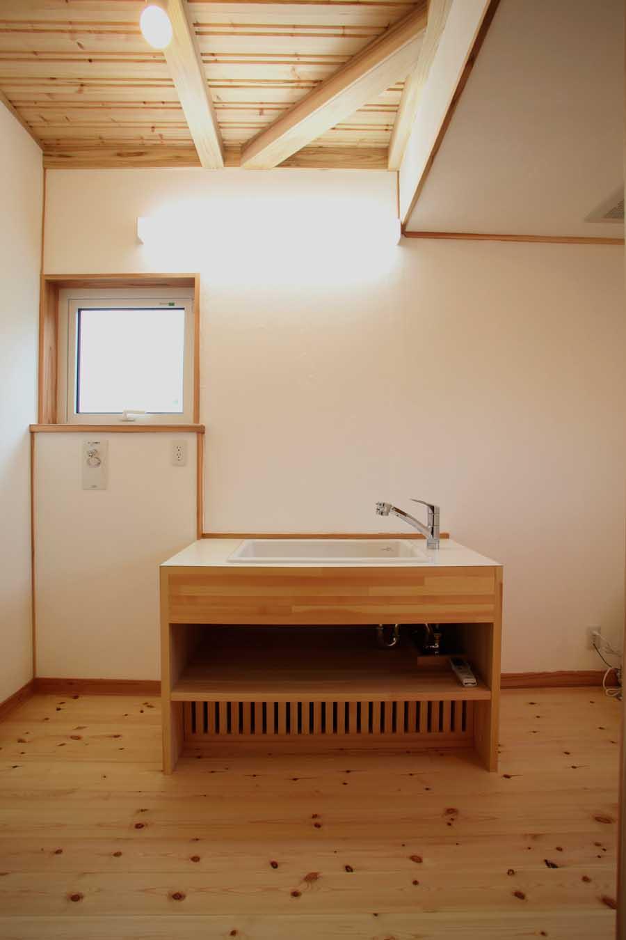 「仁井田二ツ屋の家」 完成見学会_f0150893_1934575.jpg
