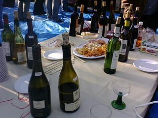 ボ―ジョレ・ヌーヴォーとモンドールチーズで乾杯♪_b0087842_181918.jpg