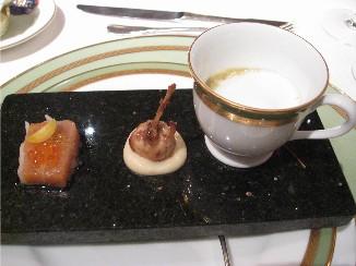 ロイヤルパークホテル レストラン「パラッツオ」_f0007061_2348184.jpg