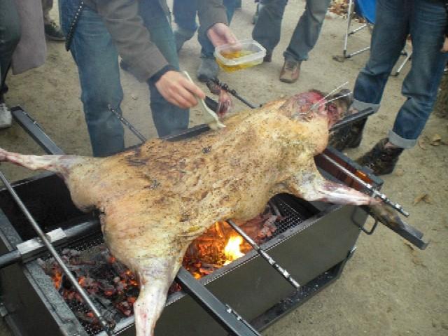 猪の丸焼き2009_c0013687_1702183.jpg