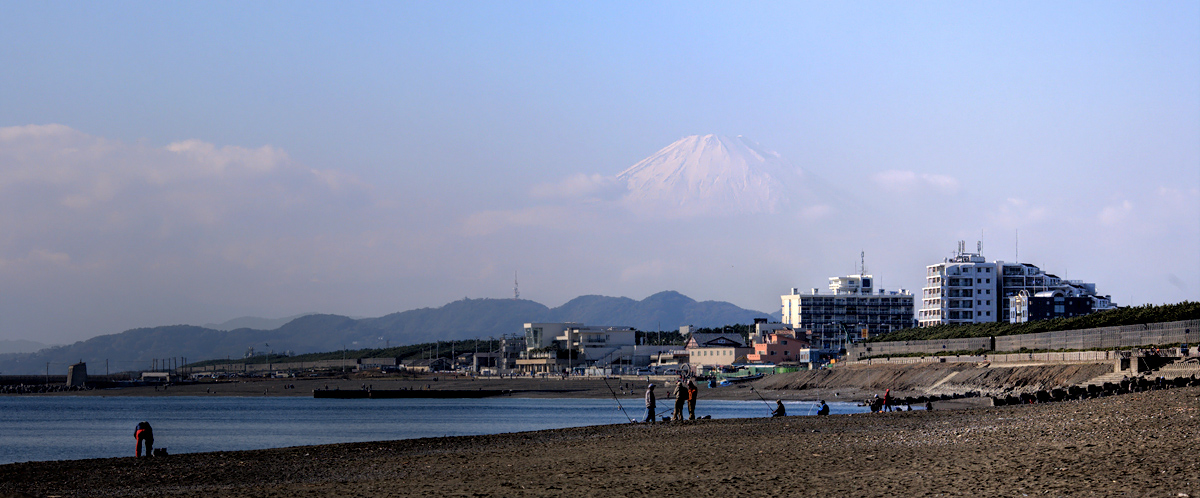 富士山 -頭を雲の上に出し-_e0139093_173516.jpg