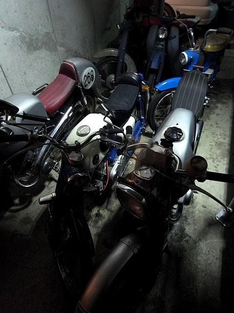TENGU GARAGE_b0132101_21525192.jpg