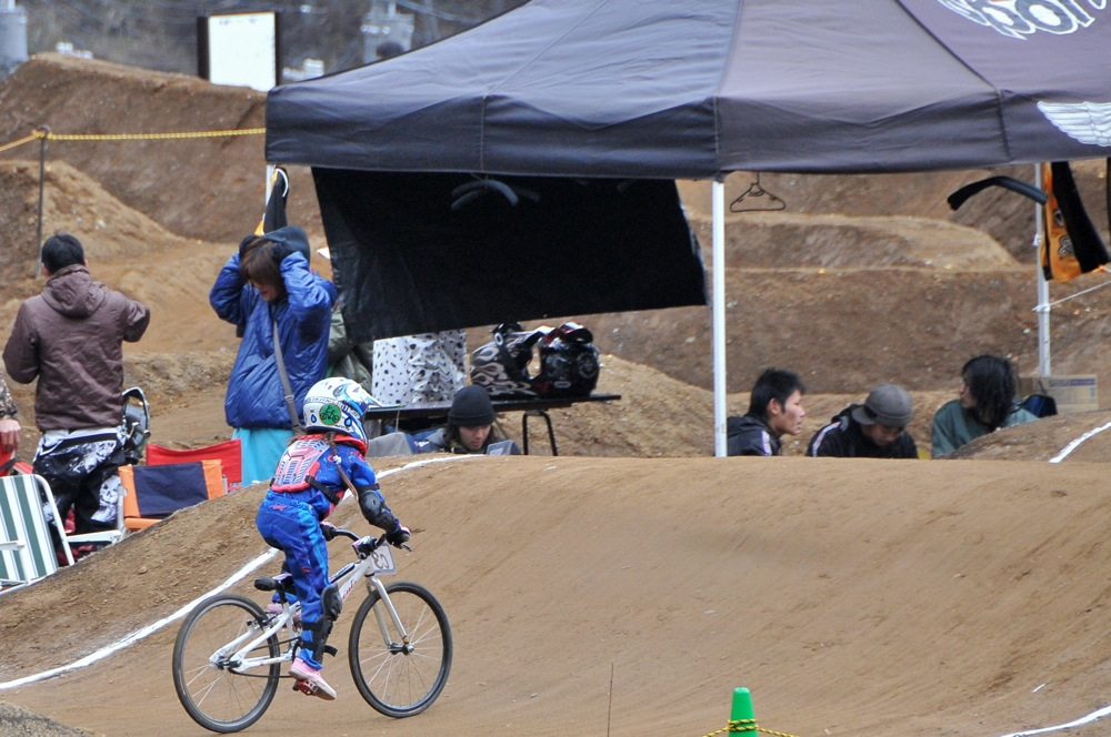 2009JBMXFスーパーシリーズ最終戦/秩父市長杯VOL6:ガールズクラス決勝_b0065730_16591456.jpg