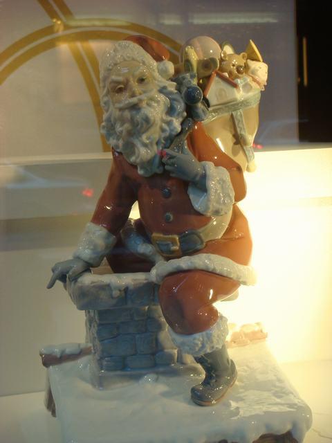 スペインのLLADROはクリスマス一色の今日、_d0100880_1012588.jpg