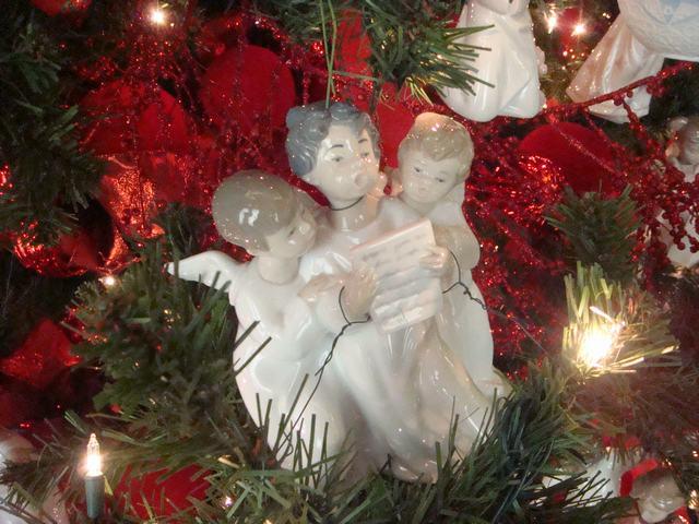 スペインのLLADROはクリスマス一色の今日、_d0100880_10171857.jpg