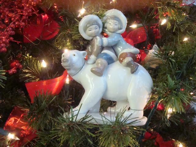 スペインのLLADROはクリスマス一色の今日、_d0100880_10181858.jpg