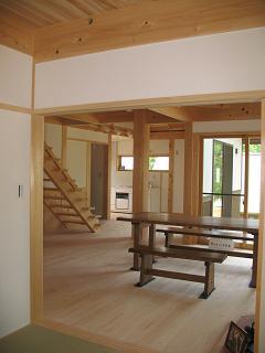 『地球民家』が長期優良住宅先導的モデル事業に採択!!_e0159249_1043442.jpg
