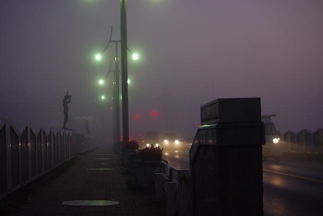 霧の朝_d0147812_12314047.jpg