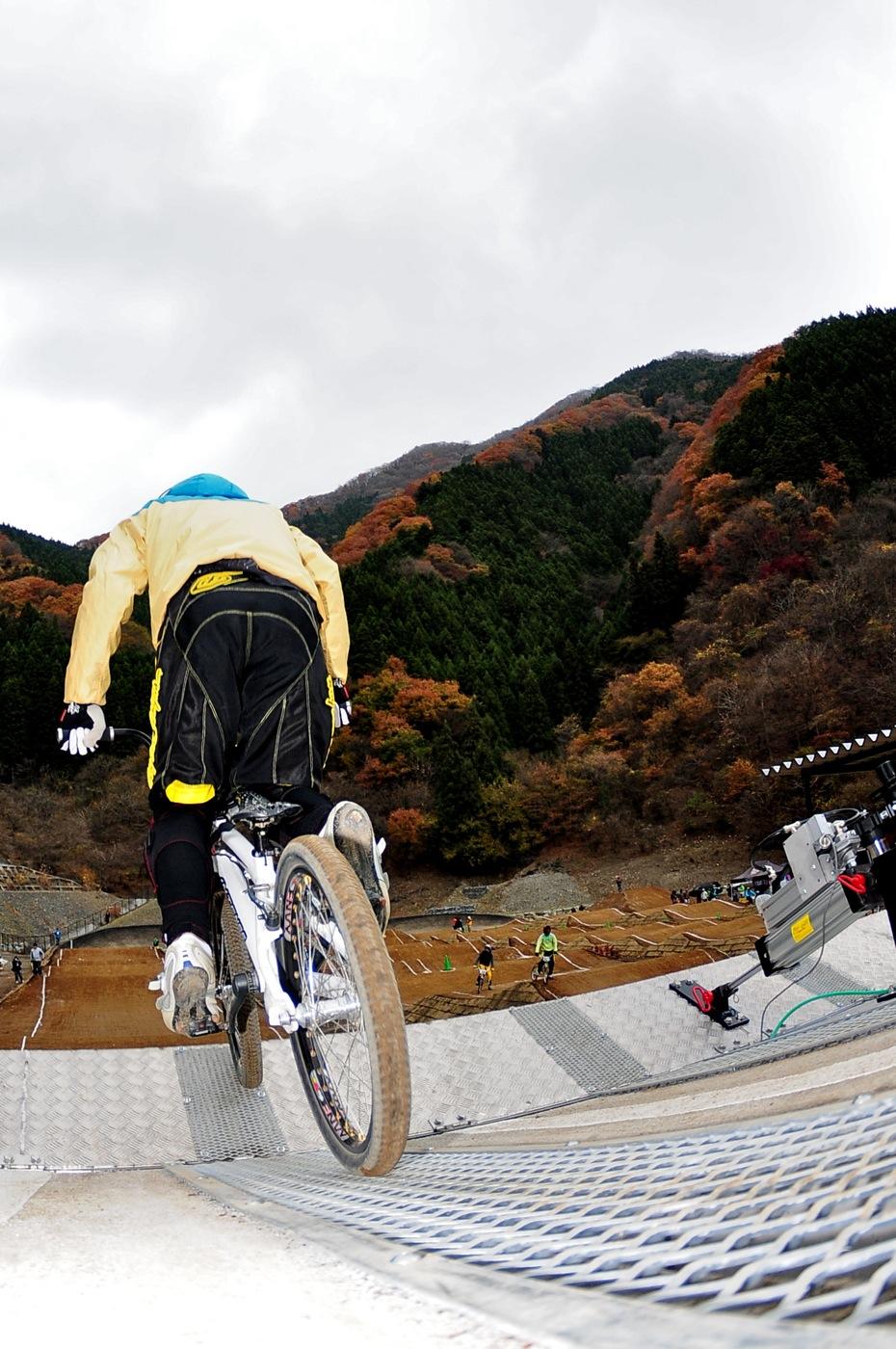 スタートマニア2009:秩父滝沢サイクルパークBMXトラック_b0065730_16304110.jpg