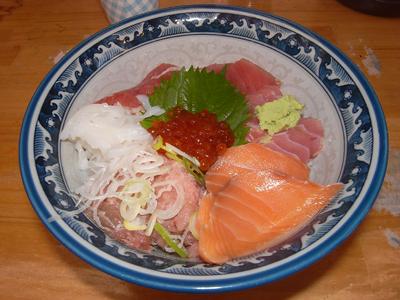 気軽に海鮮丼@みなとや in 上野御徒町_a0004752_2221616.jpg