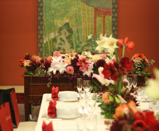 和の花の装花 アマリリス 目黒雅叙園様の装花_a0042928_2256915.jpg