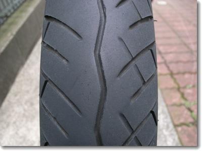 フロントタイヤの片減り_c0147448_17293386.jpg