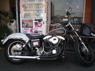 昨日のバイク!!_f0194657_1254072.jpg