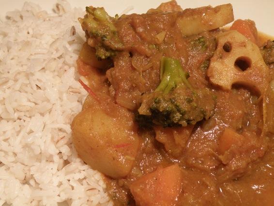 さばのゆの野菜たっぽりポークカレー。_f0053279_435998.jpg