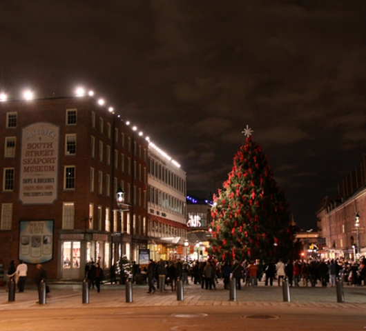 サウス・ストリート・シーポートの歌うクリスマス・ツリー点灯式 _b0007805_9575872.jpg