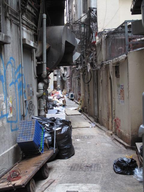 香港 ブラブラ歩いて・・・・_c0126359_8192476.jpg