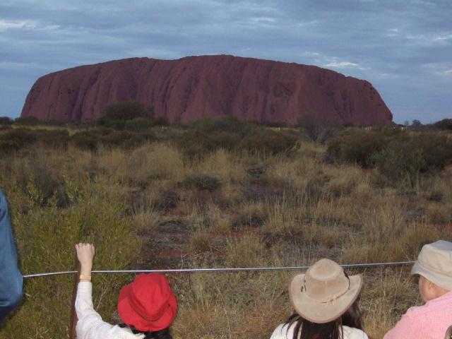 オーストラリアの旅 No 2. エアーズロック観光_e0024094_16492298.jpg