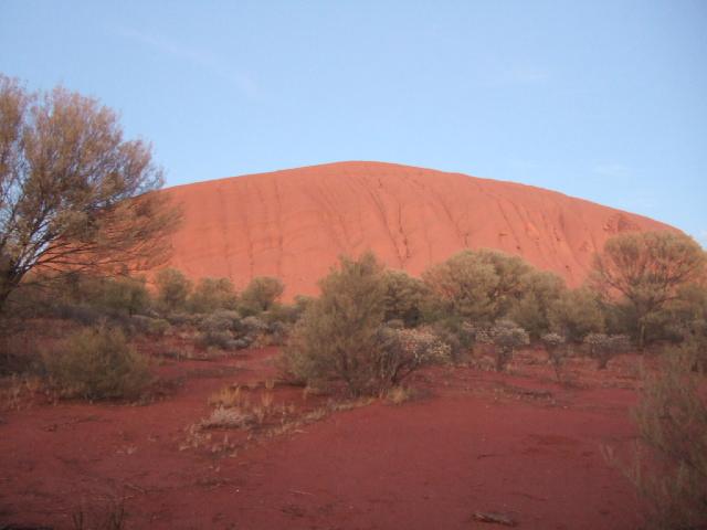 オーストラリアの旅 No 2. エアーズロック観光_e0024094_16595564.jpg
