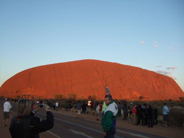 オーストラリアの旅 No 2. エアーズロック観光_e0024094_171356.jpg