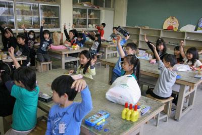 2009年11月11日(水)小さな大工さん_a0062127_180148.jpg