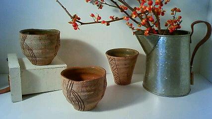 陶器新作です!_f0191649_1395663.jpg