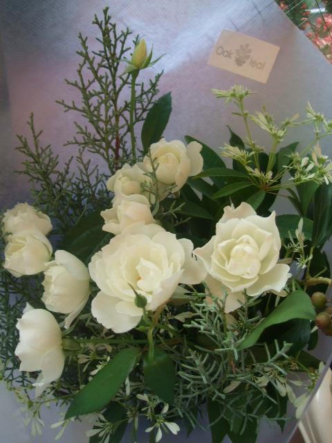 オークリーフ(淡い色の花束)_f0049672_824765.jpg