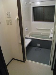 在来浴室からユニットバスへ_b0153776_20105677.jpg