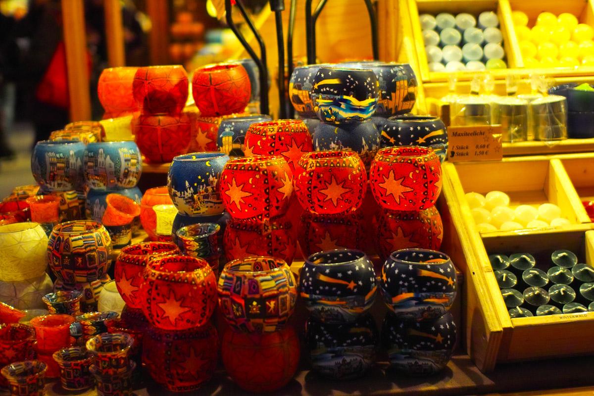 【クリスマス市】 キャンドル屋さんの店先に_b0148617_2316363.jpg