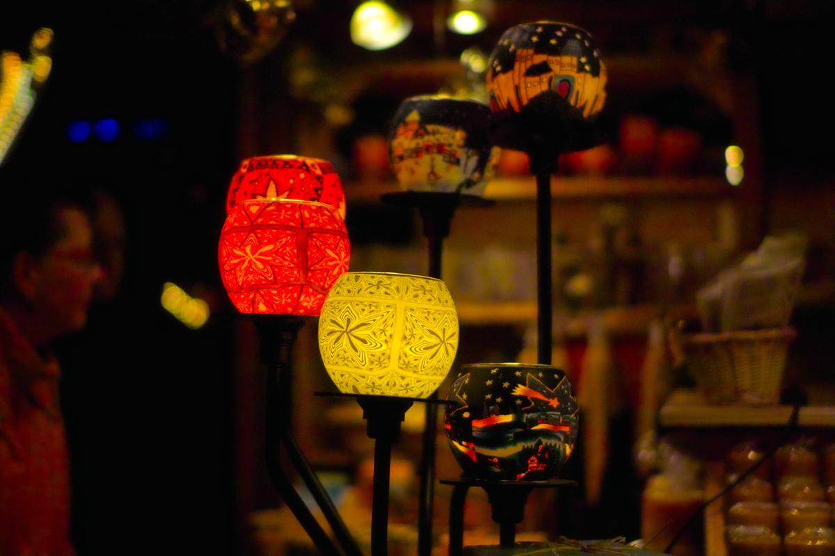 【クリスマス市】 キャンドル屋さんの店先に_b0148617_23164557.jpg
