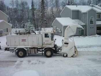 アンカレジに大雪が!_b0135948_8362372.jpg