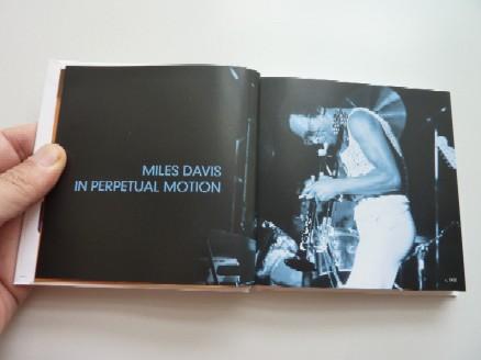 2009-12-02 Miles Davis The Complete Columbia Album Collection_e0021965_1728166.jpg