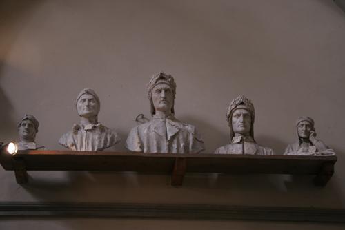 フィレンツェの伝統的な彫刻工房~ストゥーディオ・ロマネッリ_f0106597_18225363.jpg