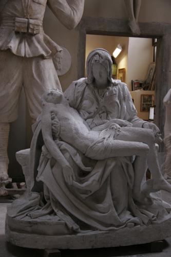 フィレンツェの伝統的な彫刻工房~ストゥーディオ・ロマネッリ_f0106597_18244956.jpg