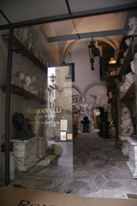 フィレンツェの伝統的な彫刻工房~ストゥーディオ・ロマネッリ_f0106597_1885054.jpg