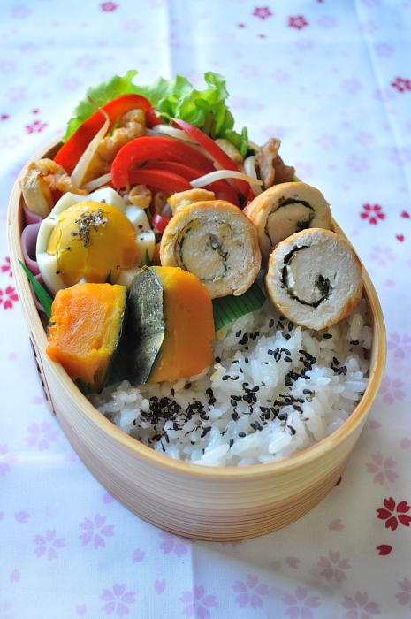 鶏ささみロールと南瓜の煮物のお弁当_b0171098_7555542.jpg