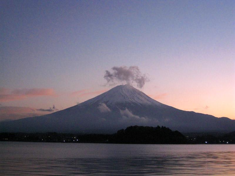 富士山と河口湖_b0083801_256890.jpg