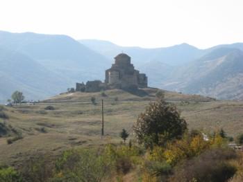 グルジア軍道の旅の出発点・ジュヴァリ聖堂_a0109837_13455170.jpg